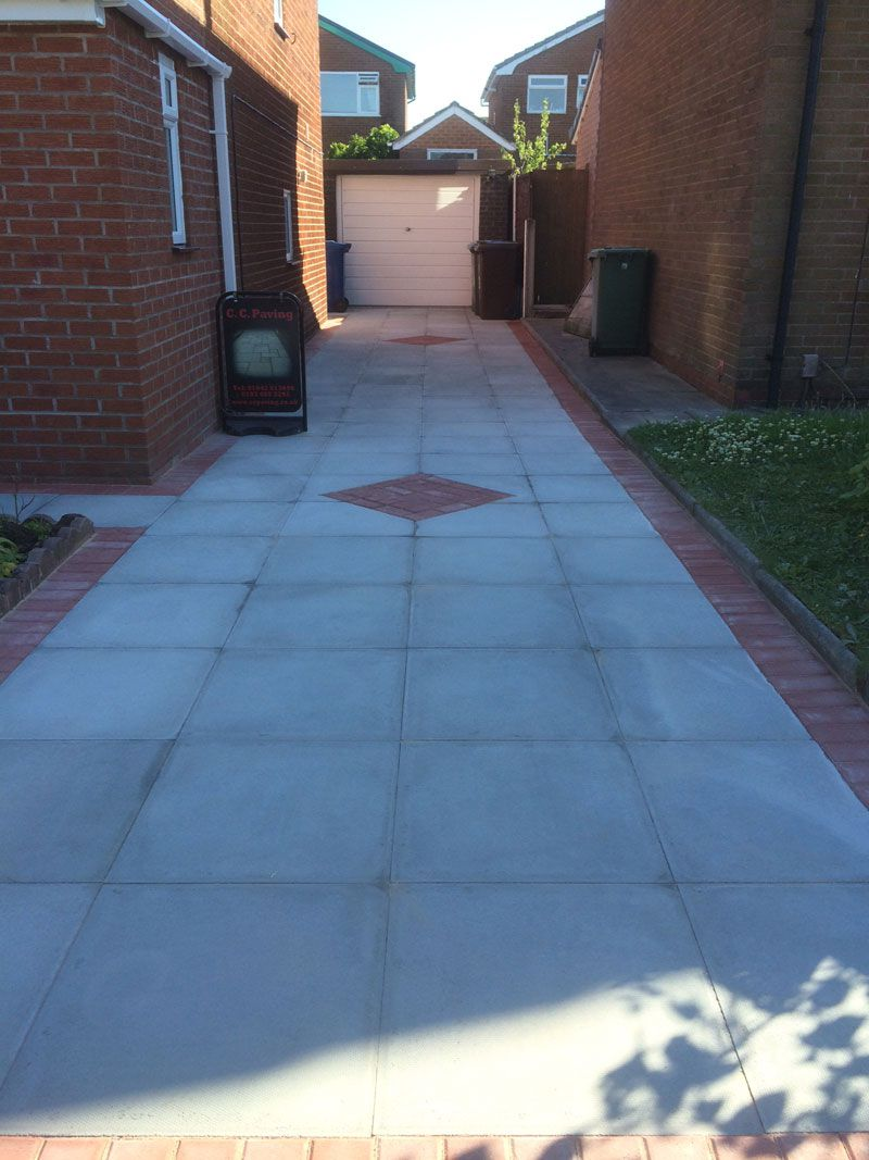 Driveway 2x2 flags with red block border