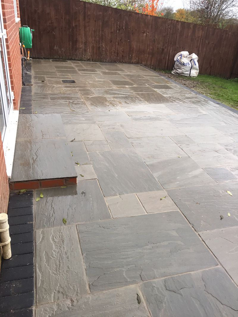 Dove grey Indian stone with charcoal boarder. Leigh